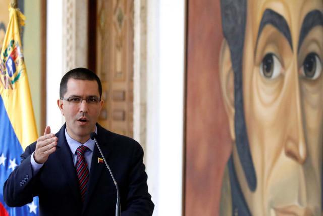 Jorge Arreaza acusa a Merkel de insistir en acciones intervencionistas contra Venezuela