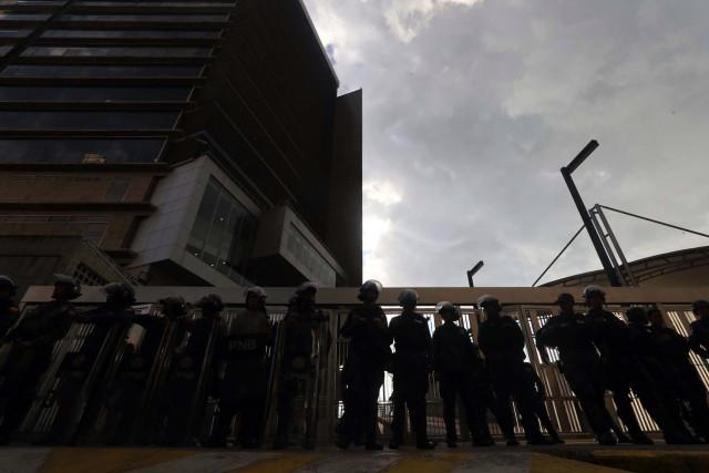 """Planos del Sebin contradicen la versión oficial sobre el """"suicidio"""" de Albán"""