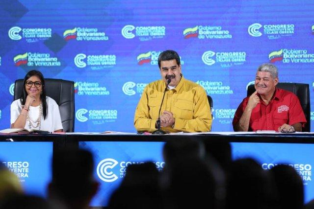 Maduro insta a la clase obrera a defender la soberanía si le llegara a pasar algo