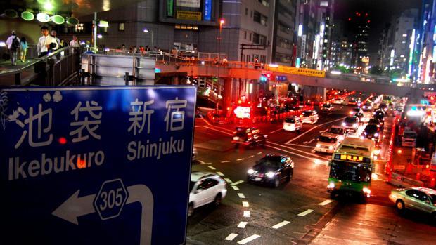 Un hombre atropella a nueve peatones en una calle concurrida de Tokio y lo reivindica como un acto terrorista