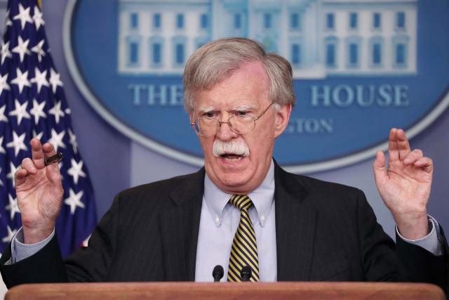 Bolton envía duro mensaje al Faes: Aterrorizan niños, aprovechen amnistía del presidente Guaidó