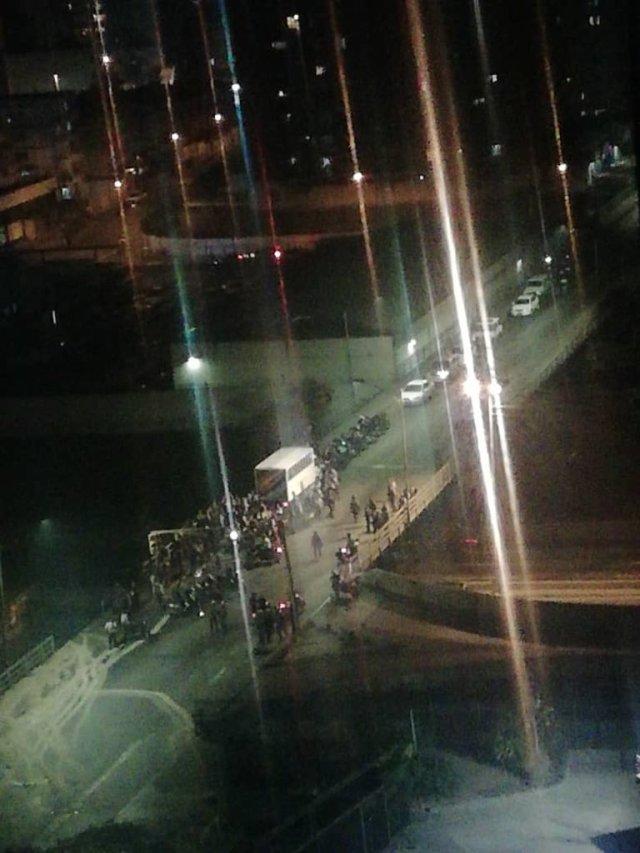 10:20 PM Reportan ataques violentos en edificios de El Paraiso (VIDEO)