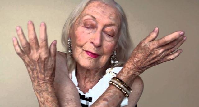 Vive a los 105 años gracias a las creativas y delicadas rutinas del ballet (VIDEO)