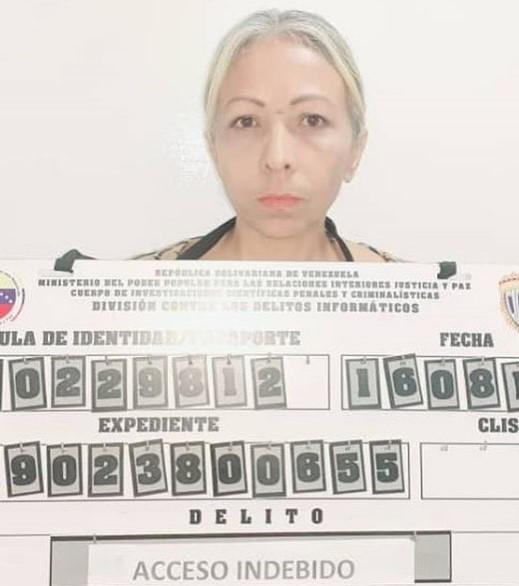Mafia de gestores cobraba en dólares trámites enSencamer