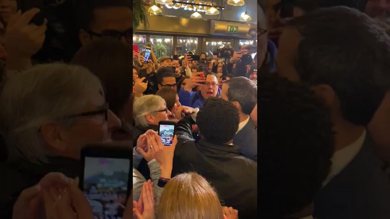 Presidente Guaido a su llegada a Londres reunido con la Diáspora Venezolana. – YouTube